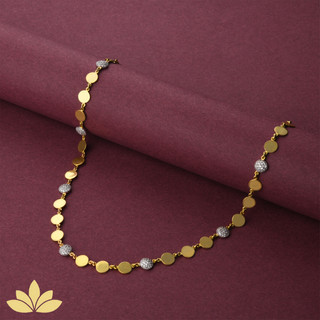 WN02 - 1 to 3 Circle Necklace in Gold