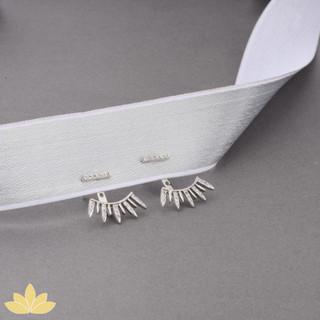 E007 - Silver Pointed Earrings
