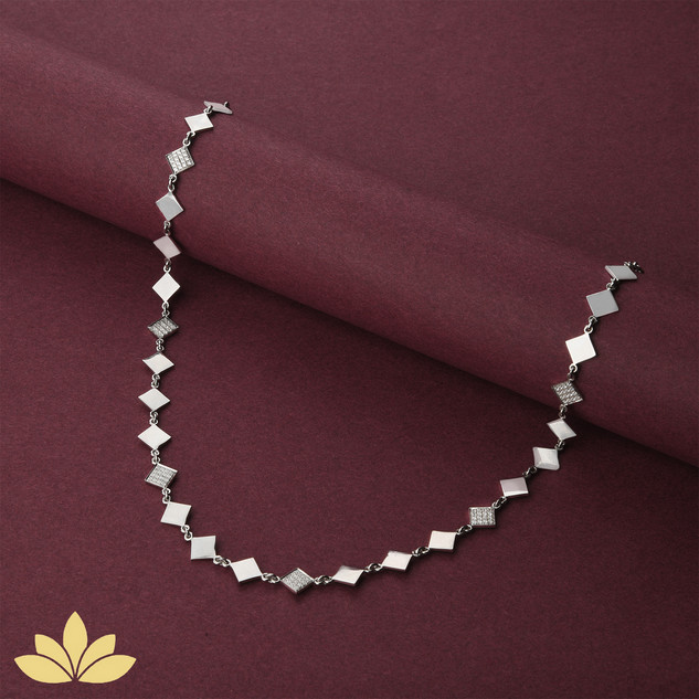 WN04 - 1 to 3 Square Necklace in Silver
