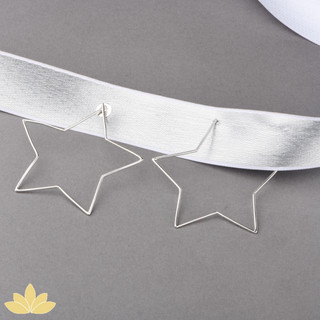 E042 - Silver Star Hoops