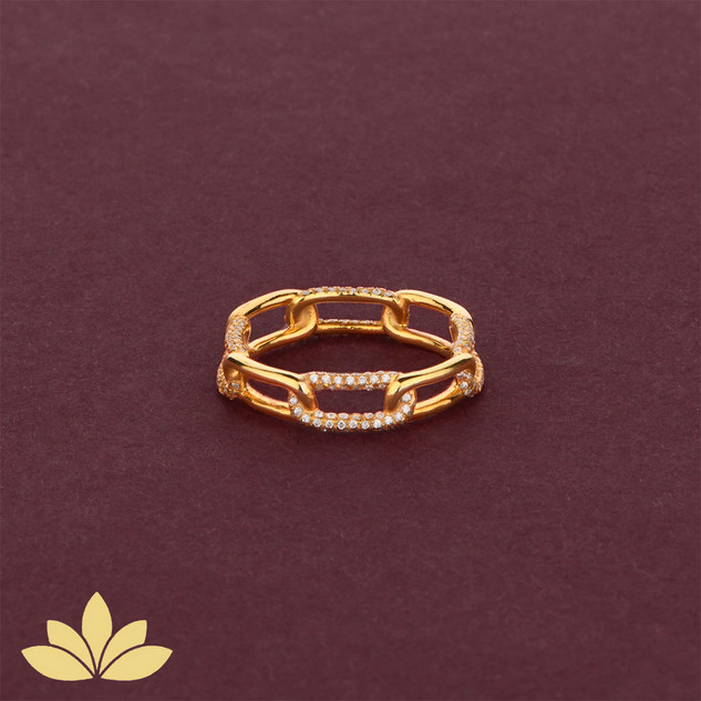 WR04 - Gold Embellished Chain Ring
