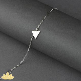B016 - Triangle Bracelet