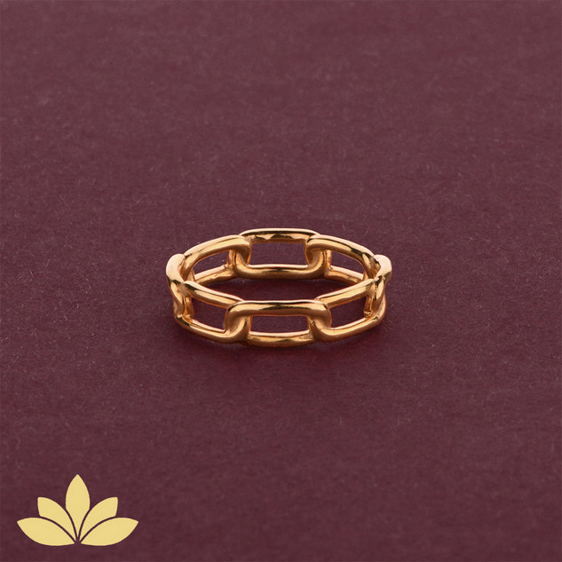 WR01 - Gold Chain Ring