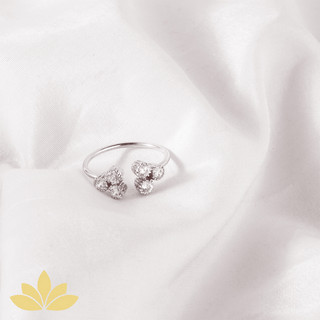 R014 - Clover Leaf Open Ring