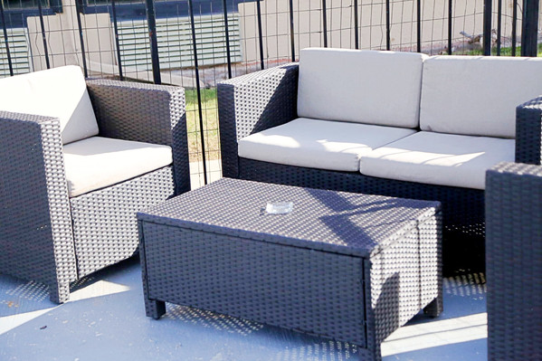 Outdoor Pool Lounge