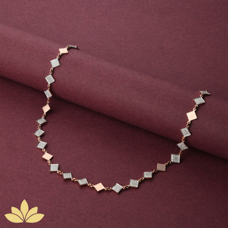 WN03 - 3 to 1 Square Necklace in Rose Gold