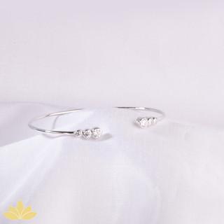 B023 - Silver 6 Stone Open Stiff Bracelet