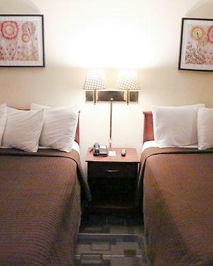 Queen-Rooms-1.jpg