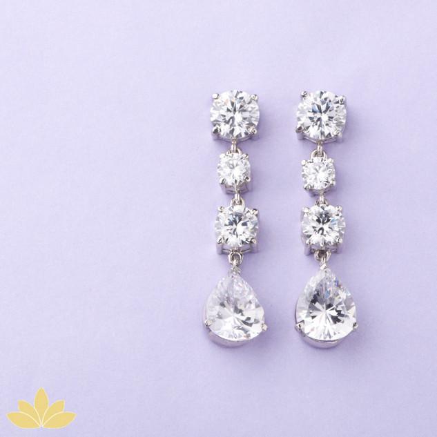 E013 - 4 Stone Solitaire Drop Earrings
