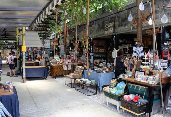 Kong Heng Square Artisan Market