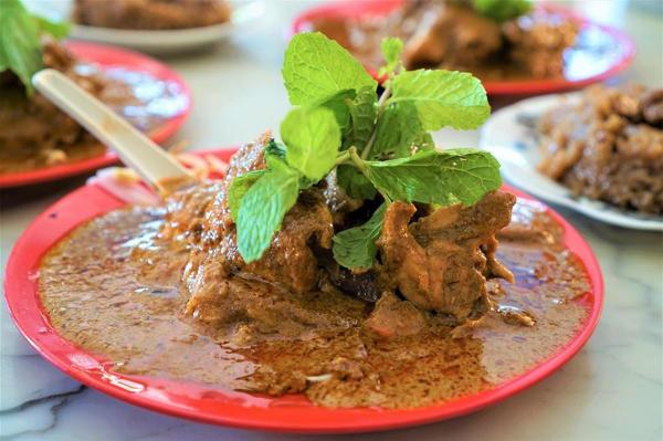 Yee Fatt Dry Curry Mee, Ipoh