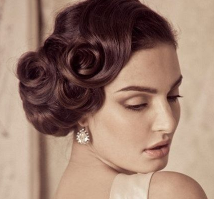 Gorgeous retro bridal hairstyle inspiration