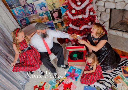 family_holiday _.jpg