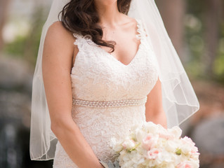 Best Wedding Makeup and Hair in Southern California:  Stacy Lande of Iconic Pinups specializes in al