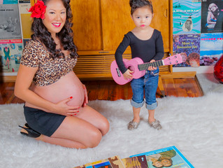 Los Angeles Mother's Day Gift Idea: Pinup Photoshoot or Maternity Shoot From $99