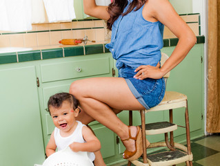 Baby Photography Los Angeles: Who is the best mom and baby photographer for you?