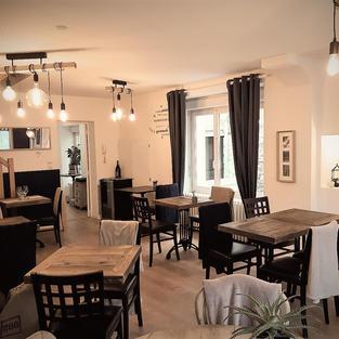 Notre chaleureuse Salle de Restaurant, 16 places