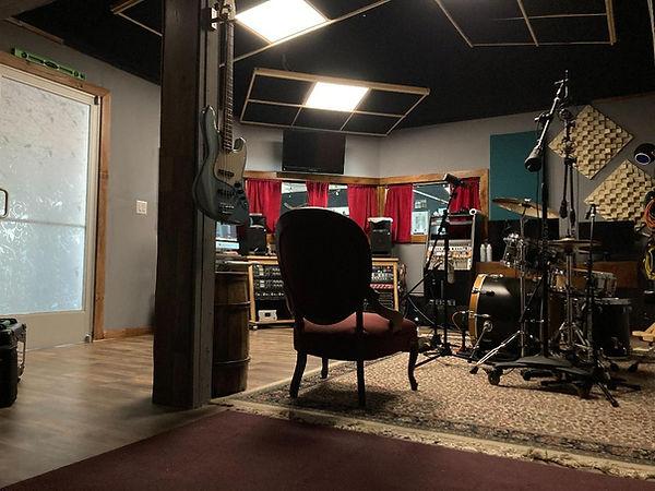 noel studio 2.jpg