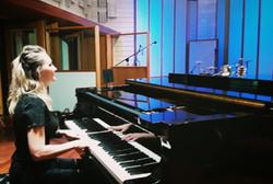 dina pgrand piano