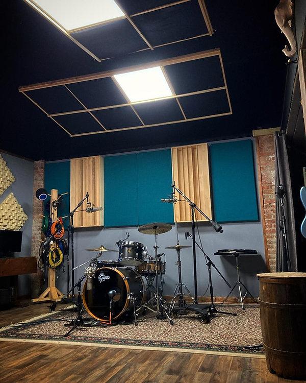 noel studio 1.jpg