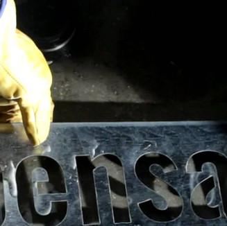 PENSAACTUA# Spot comercial