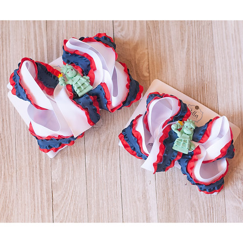Layered Red White and Navy Ruffle Bow with Statue of Liberty Clay