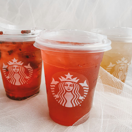 3 MUST Have Starbucks Drinks This         Summer !!