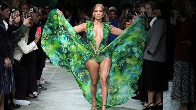 Jennifer Lopez reawakens dress behind the invention of Google Images Worldwide Breaking News