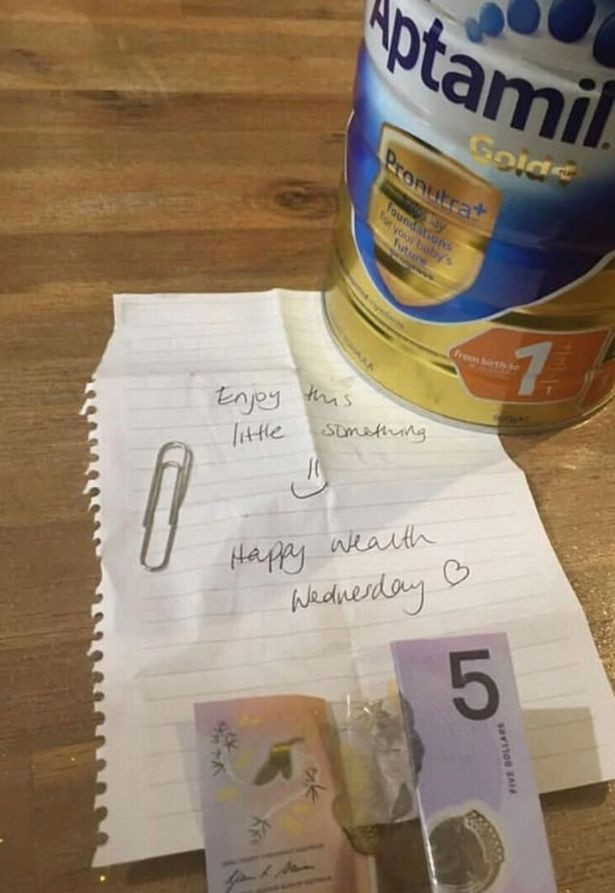 Note hidden inside a container of baby formula from a superstore leaves a mum gobsmacked Worldwide Breaking News