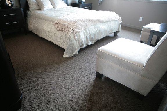 elegantbedroom.JPG