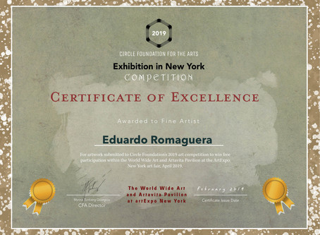 Eduardo Romaguera reconocido con los certificados del Circle Foundation for the arts.
