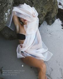 Ewa-Sieniawska-Fashion-Skincare-Photographer-Vogue-Magazine-Editorial-2.png