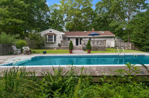 38 Glade Road, East Hampton