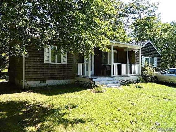 149 Springivlle Road, Hampton Bays