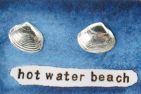 w hot water beach pipi