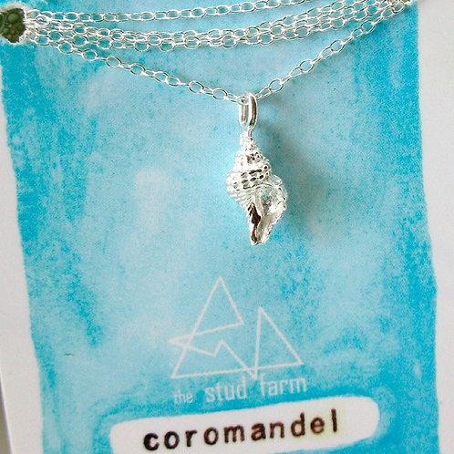 w coro shell pendant