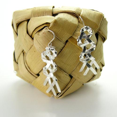 w Mekameka open weave