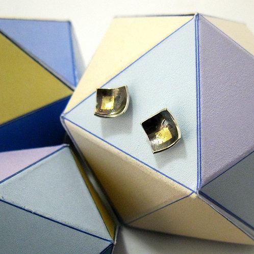 gold quares