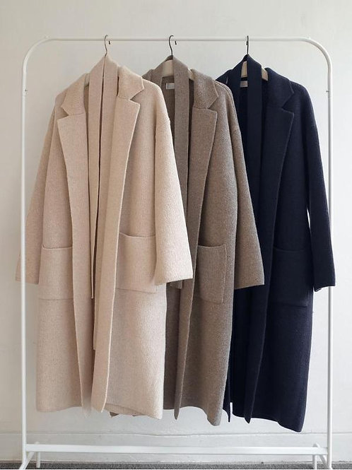 """Extra Fine Wool"" Knit Coat"