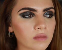 model sheri glossy eye makeup artist jessica galdy makeupmadeeazy faze magazine