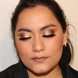 glitzy eye makeup made eazy