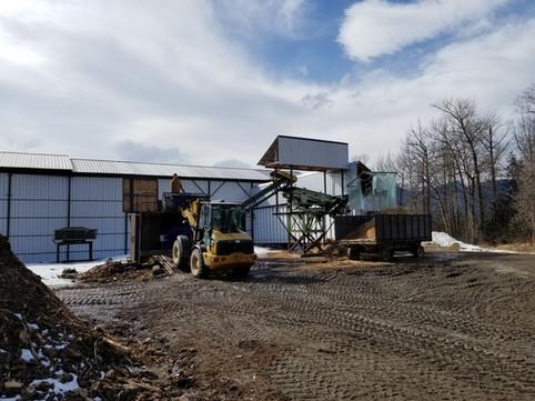 Loading Biomass