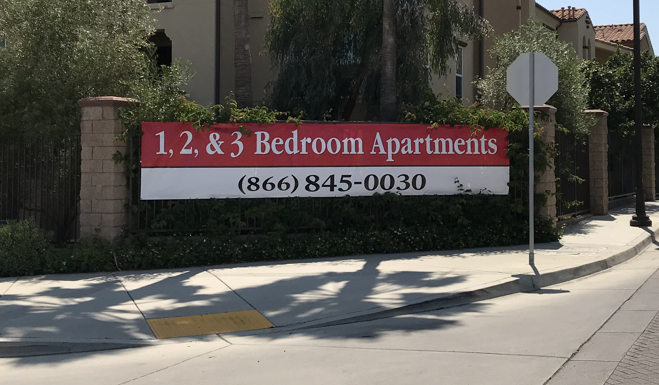 Available Apartment Banner