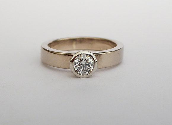 White Gold, Platinum and Diamond ring
