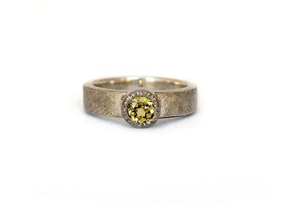 Mali Garnet Ring