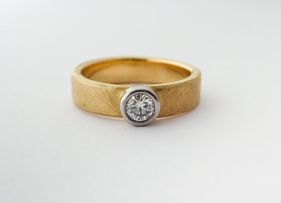 Yellow Gold, Platinum and Diamond ring