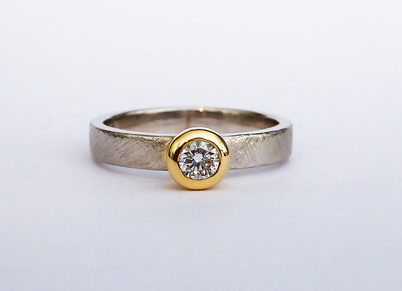 Platinum, Yellow Gold and Diamond Ring
