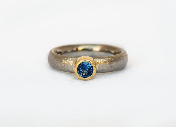 Palladium,Gold and Sapphire ring