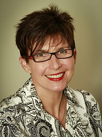 Dr Beverley Powell, Gynecologist Sunshine Coast