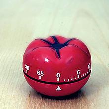 tomato-shaped kitchen timer